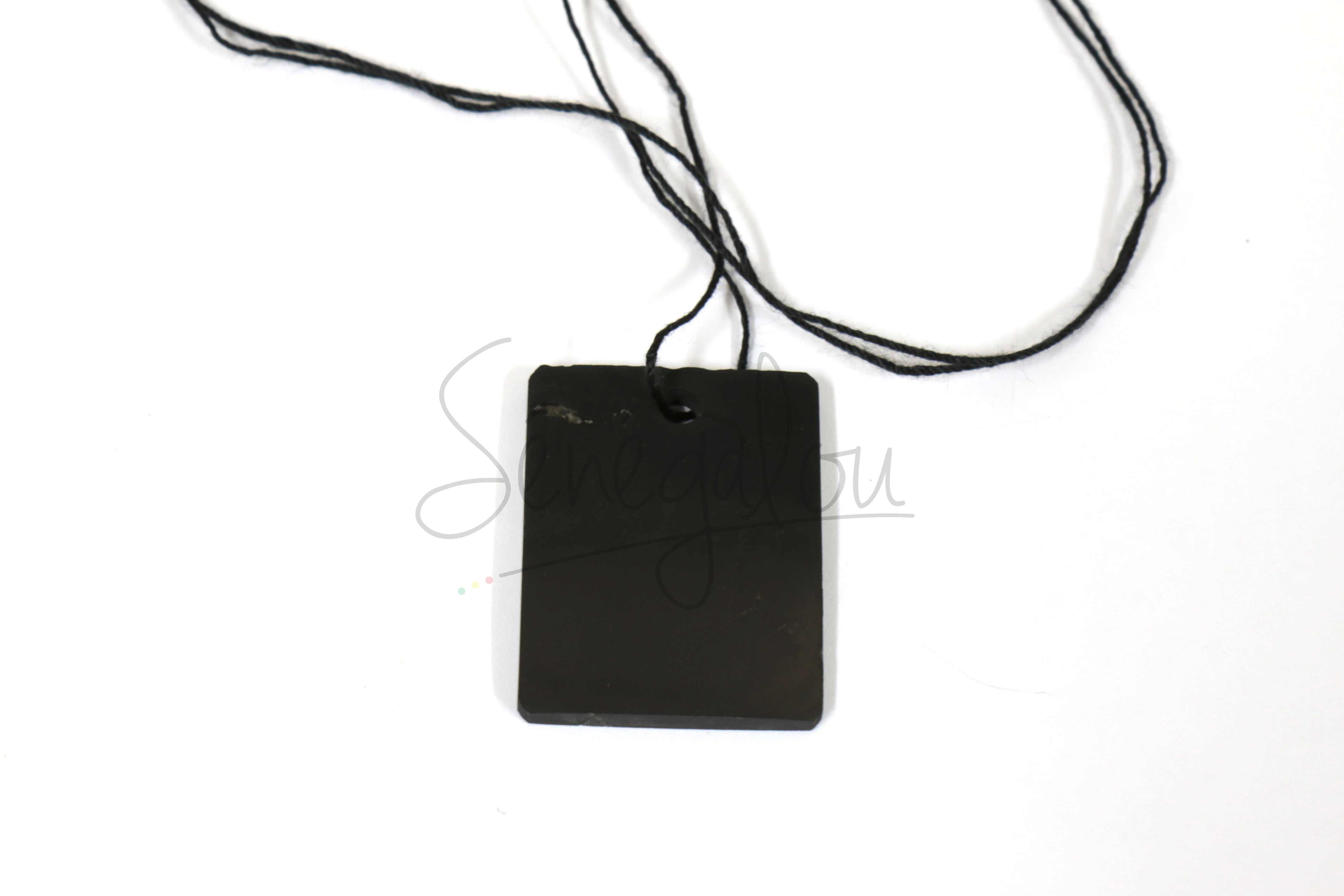 Pendentif Shungite Rectangle Avec Cordon